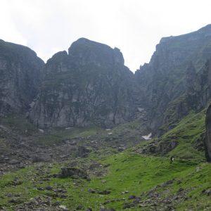 Plimbare – alergare in Bucegi, hornurile inca aratand bine