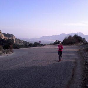 Alergare in Antalya, la deal pe sosea