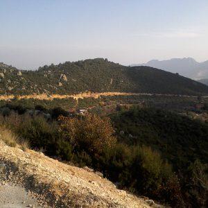Alergare in Antalya, soseaua sapata in deal