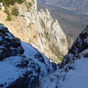 Valea seaca a Caraimanului prin hornuri, hornul mai usurel