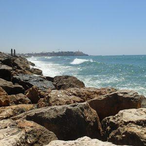 Alergare pe nisip, vedere spre Jaffa