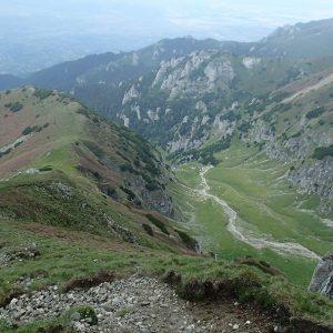 Ture de alergare prin Bucegiul vestic, coborarea de pe Ciubotea