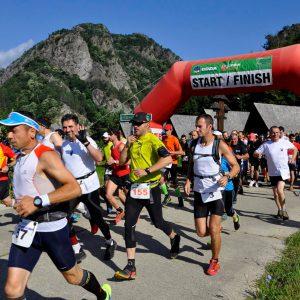 Cozia Mountain Run 2014 - la start