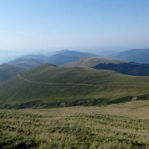 Creasta Iezer – Papusa in alergare, vai, dealuri, drumuri si ceata