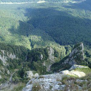 Creasta Costila-Galbinele, vedere in jos spre a doua lungime