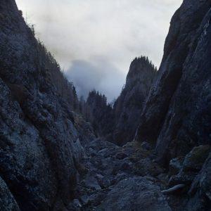 Valea Coltilor, ceata jos, frumosul sus