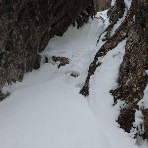 Albisoara Strungii, prima saritoare vazuta de jos