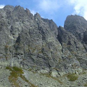Alergare prin muntii Tatra, niste pereti prin zona