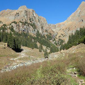 Pe vârful Moldoveanu în alergare, Valea Rea vazuta de la intrarea in traseu