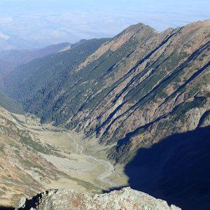Pe vârful Moldoveanu în alergare, valea Vistea