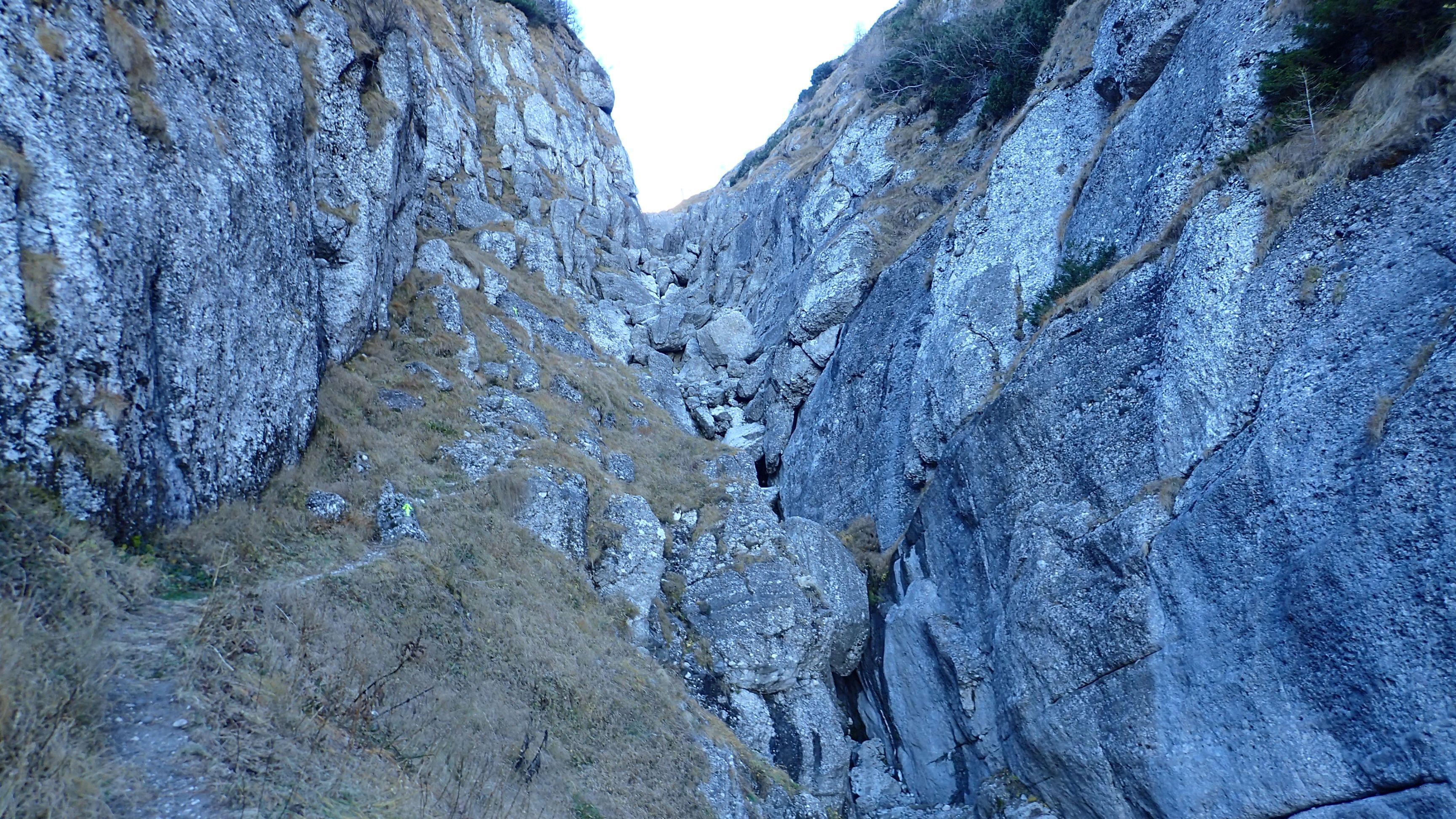 Pe Valea Morarului in alergare, saritoarea cea mai cea din program
