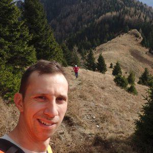 Alergare de toamnă prin Ciucaș, inceputul urcarii pe creasta Zaganu
