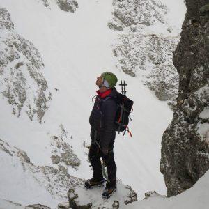 Valea Colţilor de iarnă, in strunga Galbinele