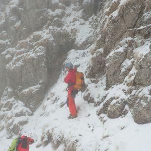 Valea Colţilor de iarnă, intrarea in Valea Coltilor cu Laura si Lucian