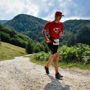 Cozia Mountain Run 2016, urcarea spre manastirea Stanisoara