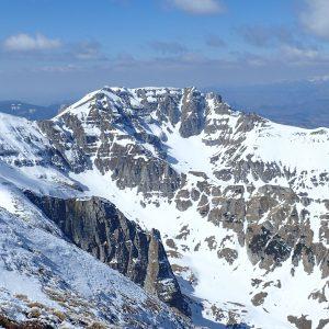 Trekking pe Creasta Bucşoiului, hornurile Malaesti si valea spre Malaesti