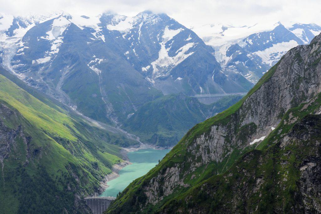 Lacul de acumulare si barajul Wasserfallboden