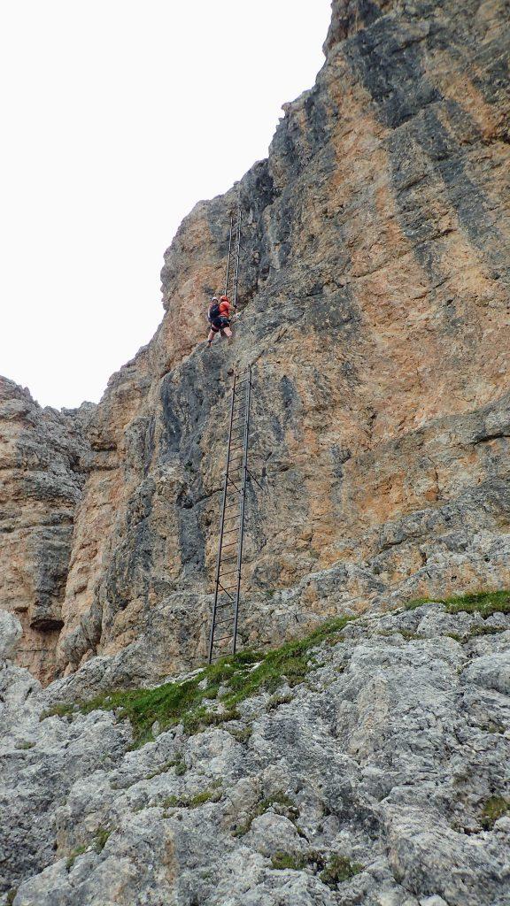 Cele doua segmente de scari