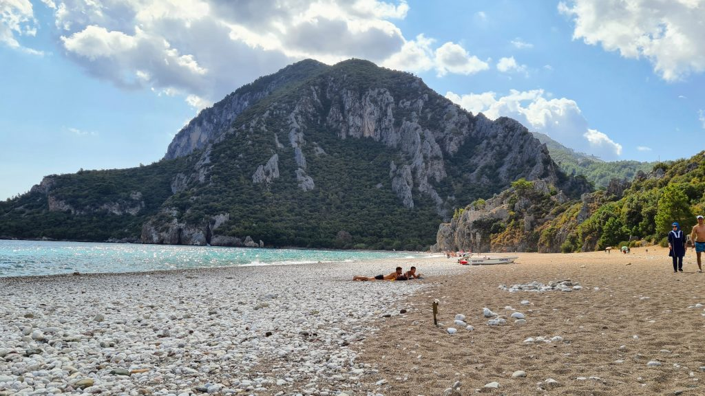 Plaja dintre Cirali si Olympos