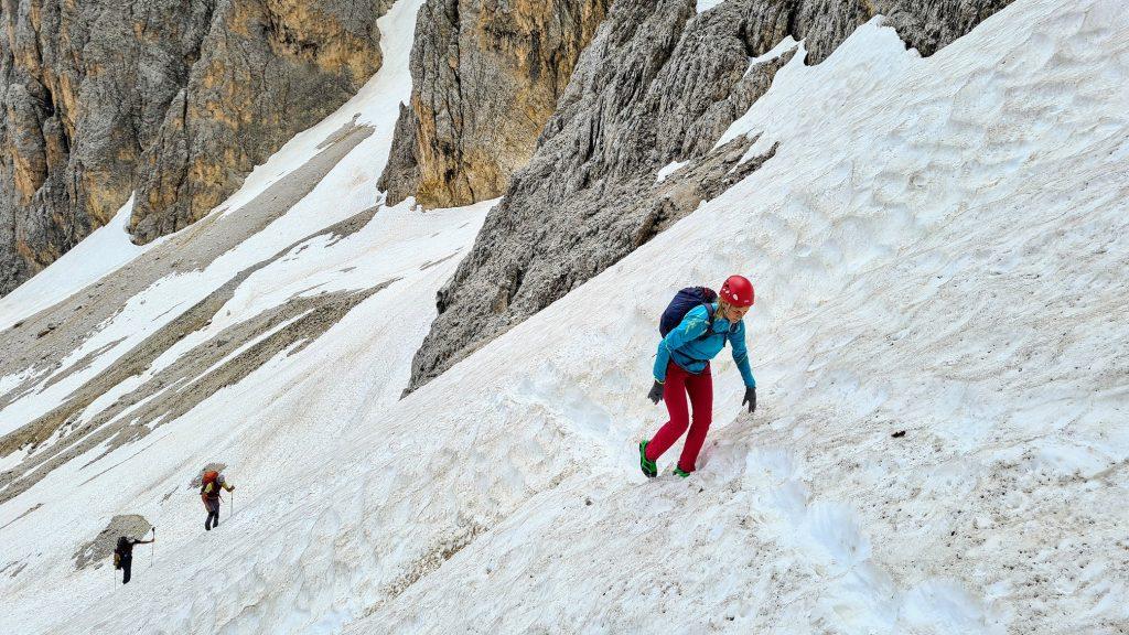 Ioana pe limba de zăpadă, înainte de începutul traseului